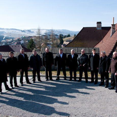 Muži z Folklórnej skupiny z Heľpy. Foto: Miroslav Hanák, 2016