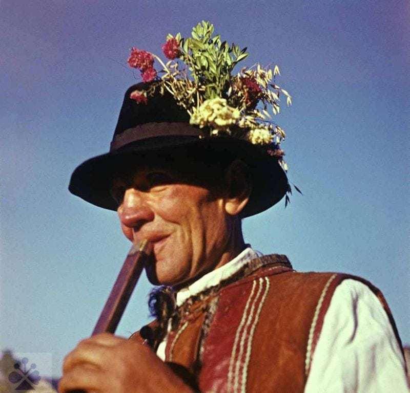 Píšťalkár F. Filek zo Zuberca (okr. Tvrdošín). Vedecký archív ÚEt SAV. Foto K. Schreiberová 1973.