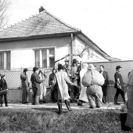 Fašiangovníci z Mliečan (okr. Dunajská Streda), 1977. Archív negatívov Ústavu etnológie SAV v Bratislave. Foto: G. Sebök