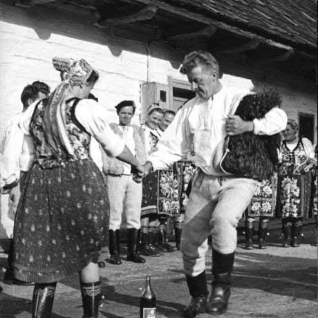 Ponad fľašku. Vernár (okr. Poprad). Vedecký archív ÚEt SAV, foto T. Szabó 1969.