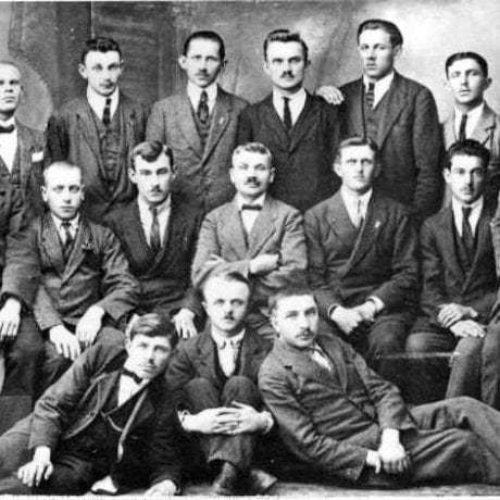 Účastníci zvrškárskeho kurzu v Martine (okr. Martin) v roku 1921. Súkromný archív M. Kaľavského. Foto M. Kaľavský.