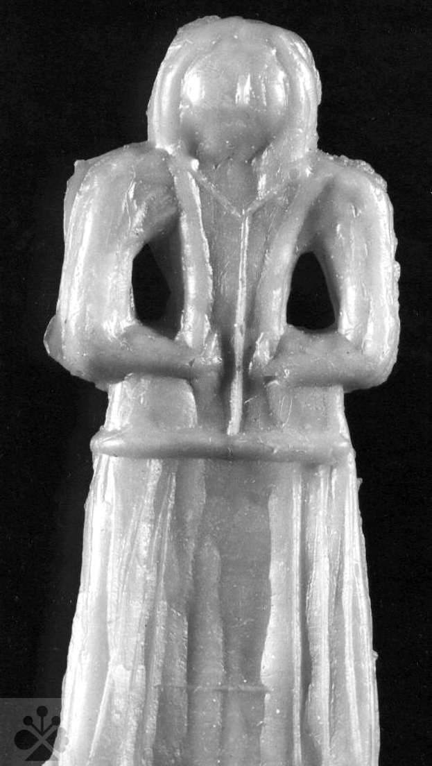 Voskársky výrobok – votívna figúrka ženy. SNM – Historické múzeum Bratislave. Foto O. Šilingerová