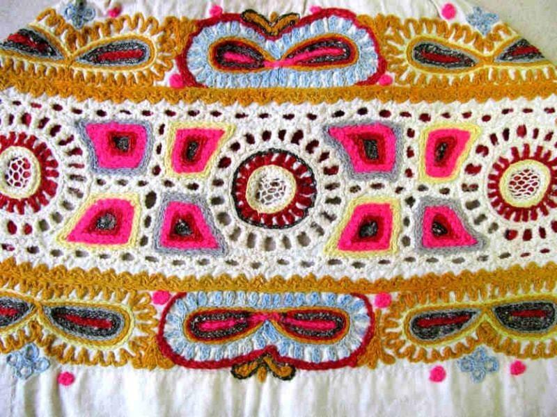 f59828e87 výšivka krivou ihlou - Centrum pre tradičnú ľudovú kultúru